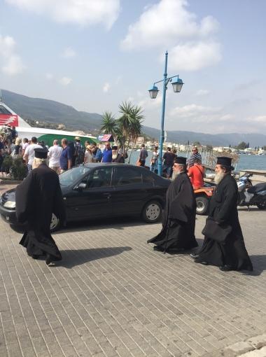 posse-of-priests